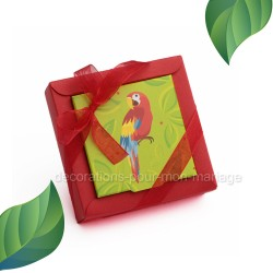 Boîte de dragées perroquet rouge