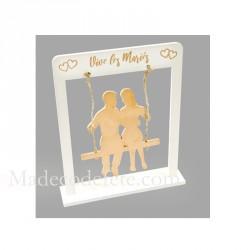 Couple mariés sur balançoire or