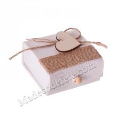 Boîte carrée pour dragées