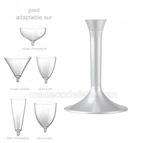 Pied verre blanc perle