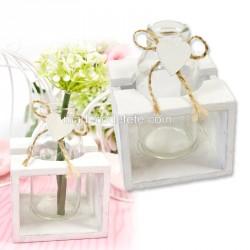 Vase et coeur dans support bois