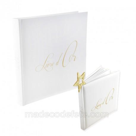 Livre d'or lettres dorées
