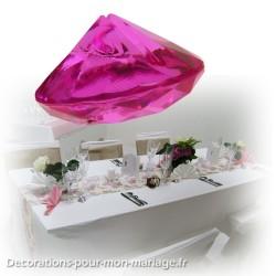 Diamant fuchsia porte-nom