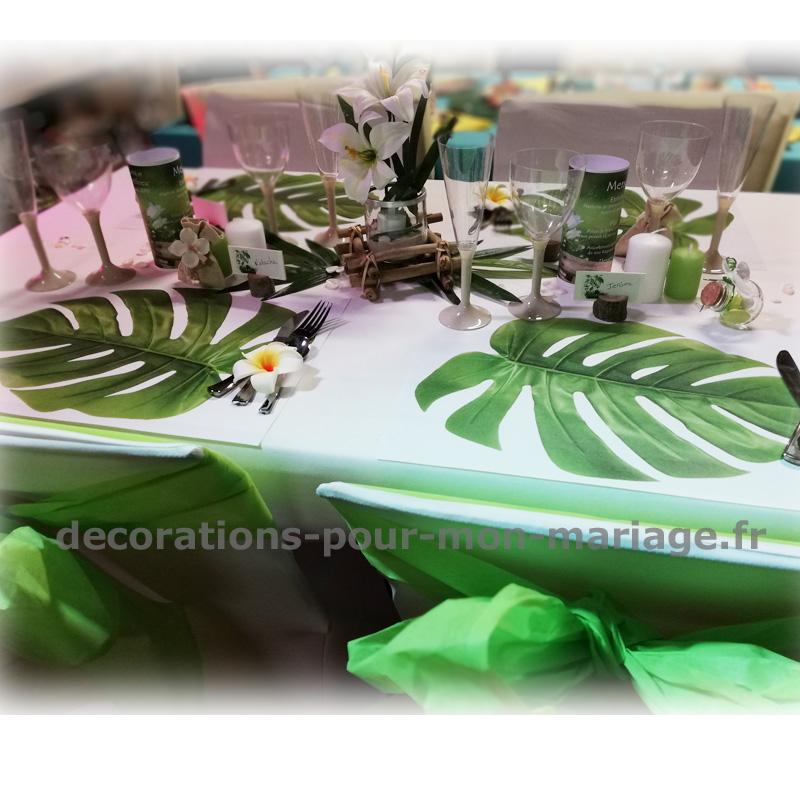 set de table papier motif feuille exotique