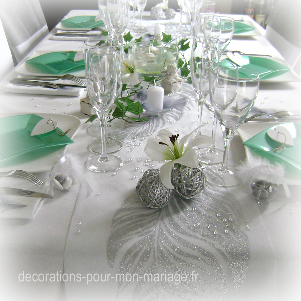 Décorations mariage en gris blanc et vert jade