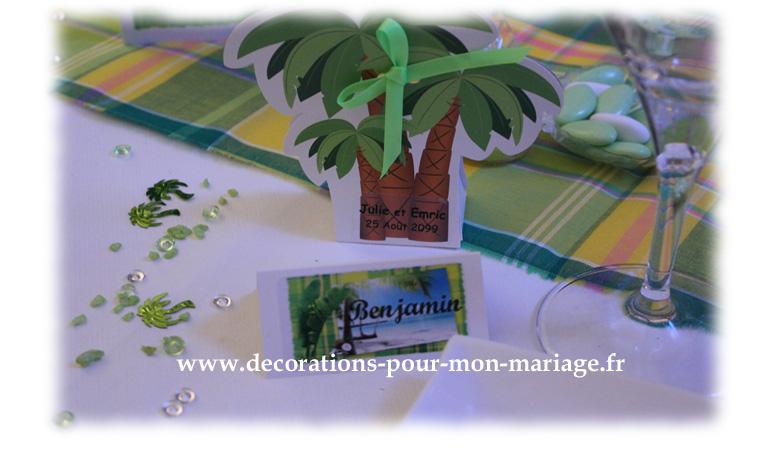 contenant dragées palmier et marque place des îles